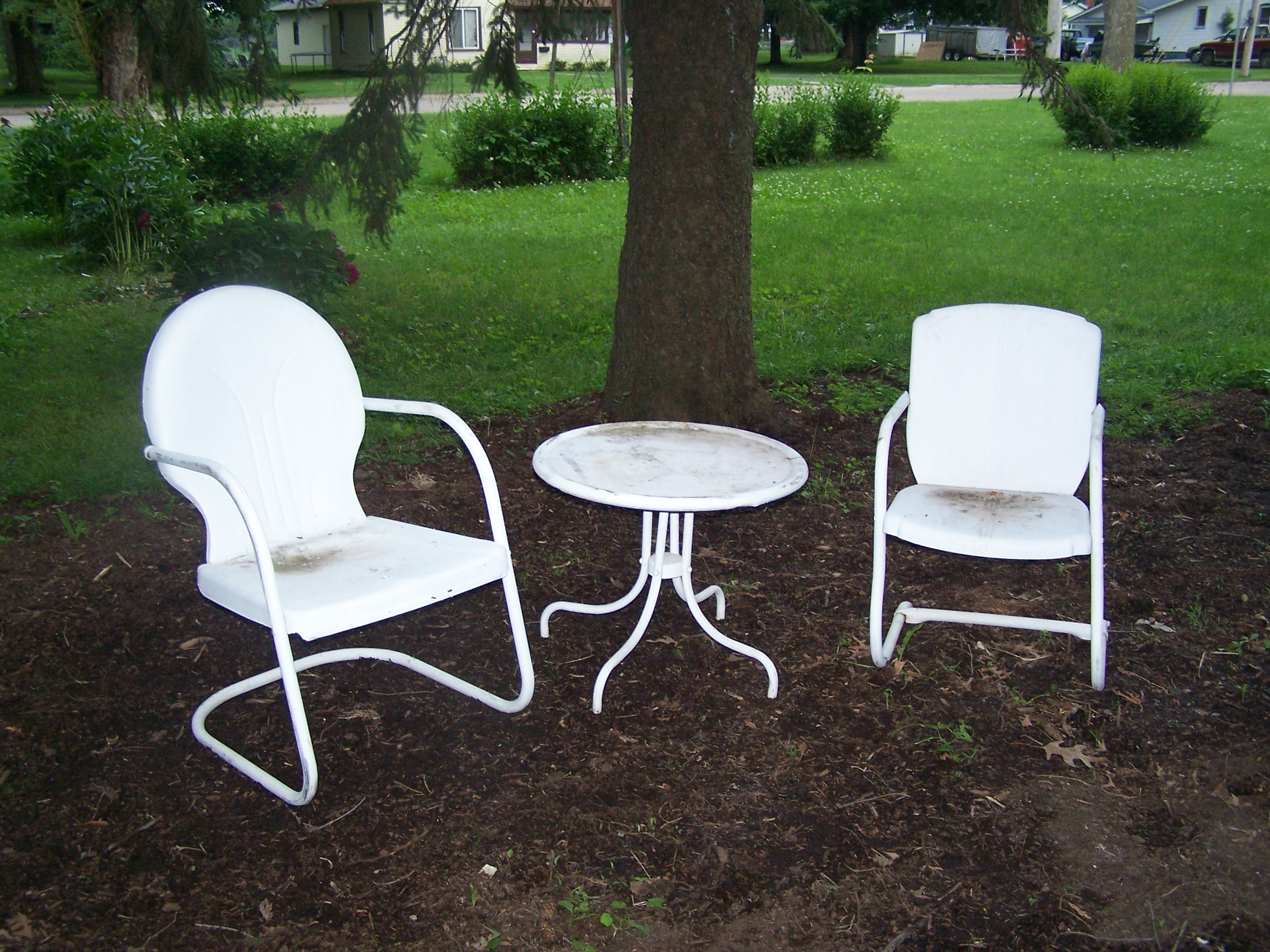 red metal chairs target fairfield chair prices lawn paint project make mine eclectic