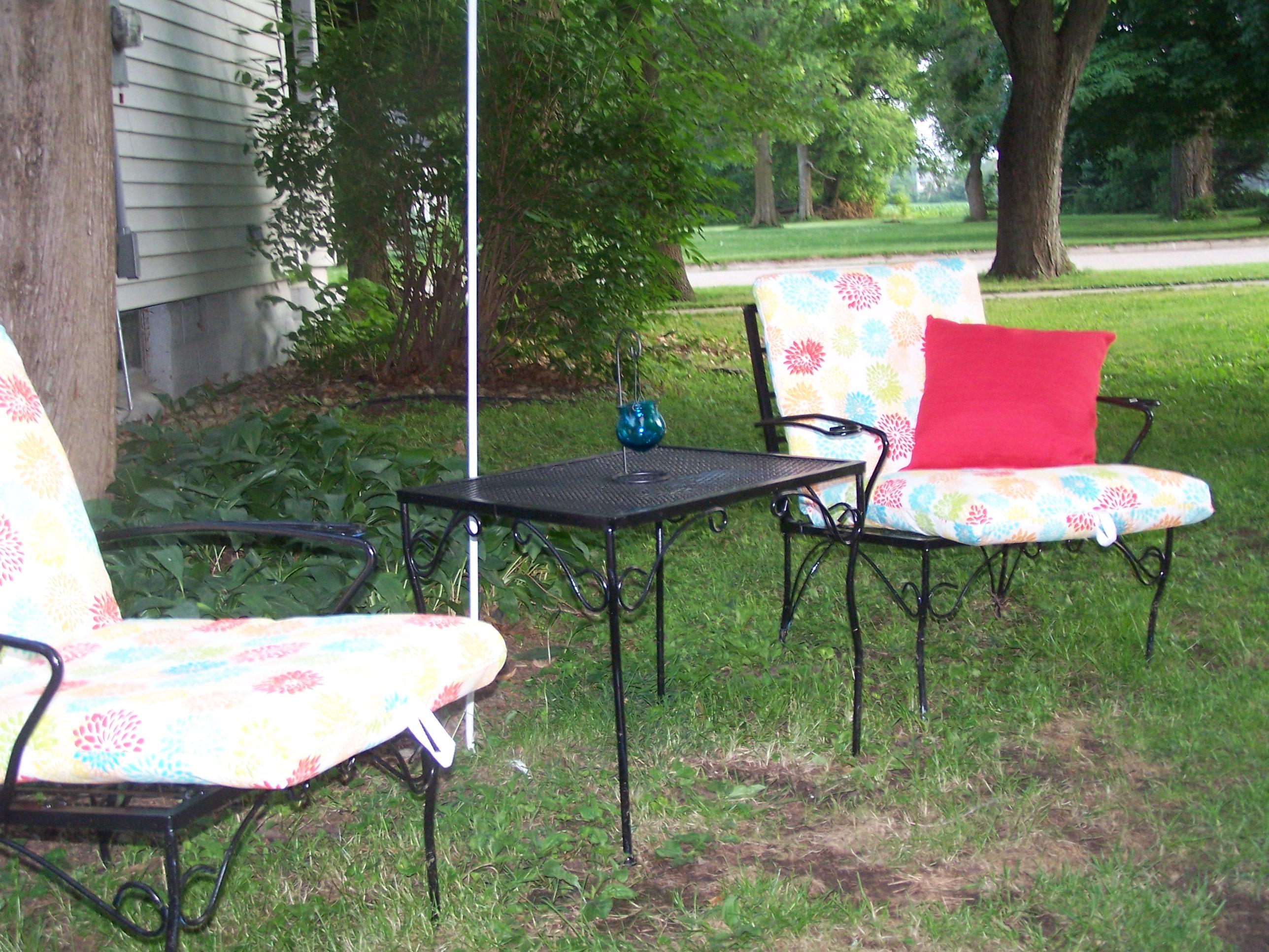 picnic table 003