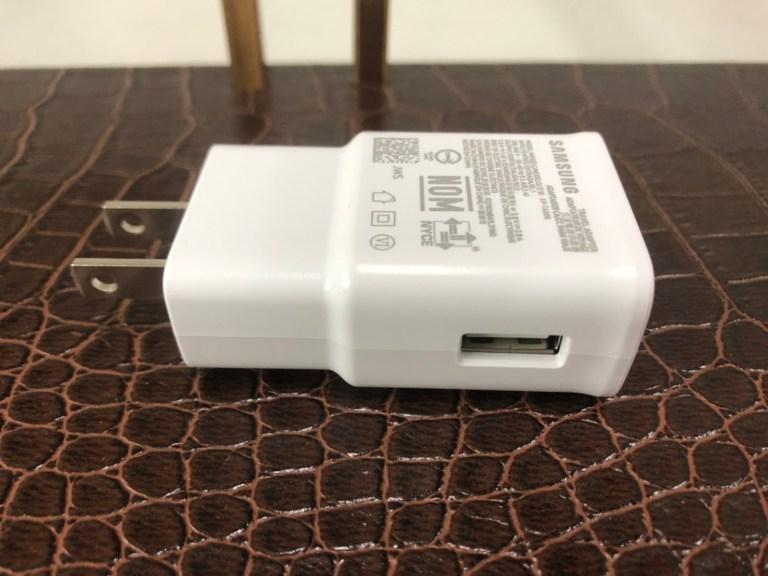 Samsung M11 充電頭