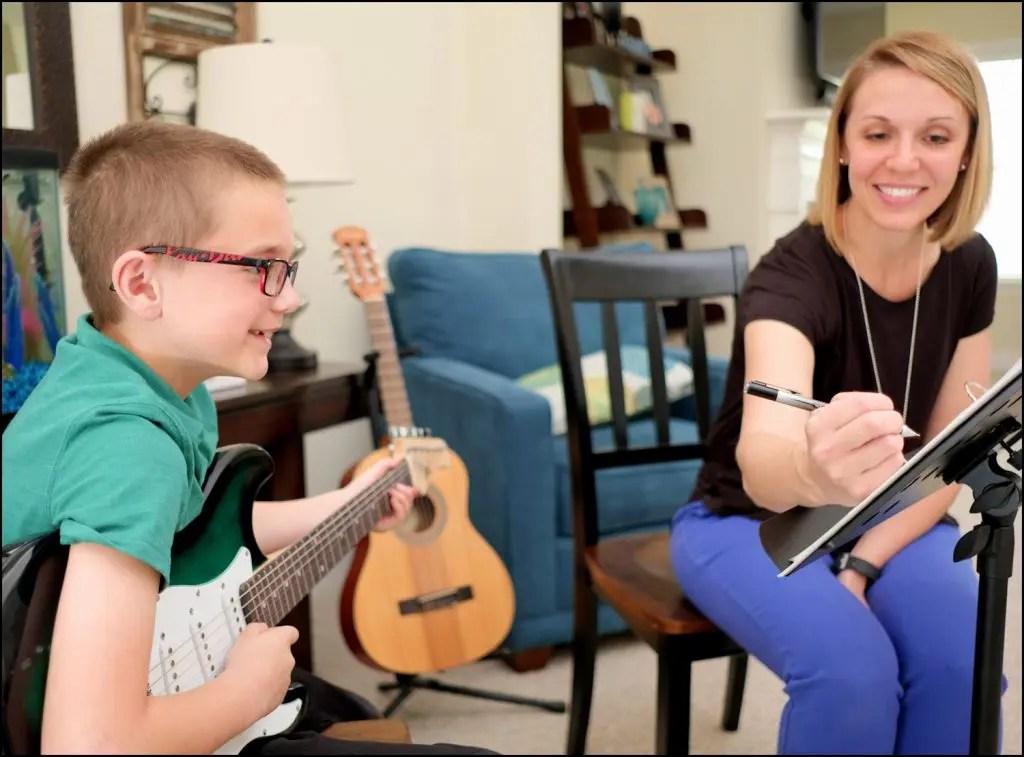 Homeschool curriculum enables any parent to teach guitar.