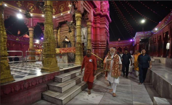 देखिये पीएम नरेंद्र मोदी ने गुजरात यात्रा