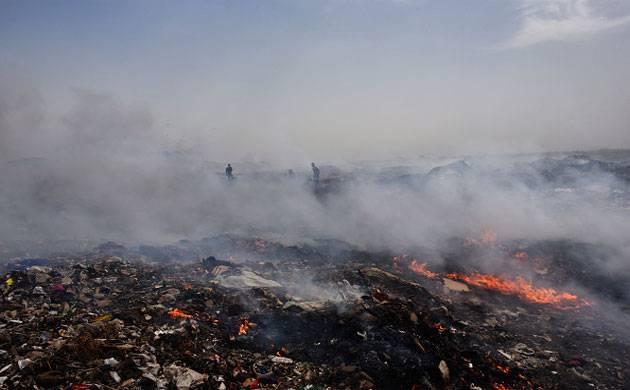 Severe Smog Continues to Blanket Delhi