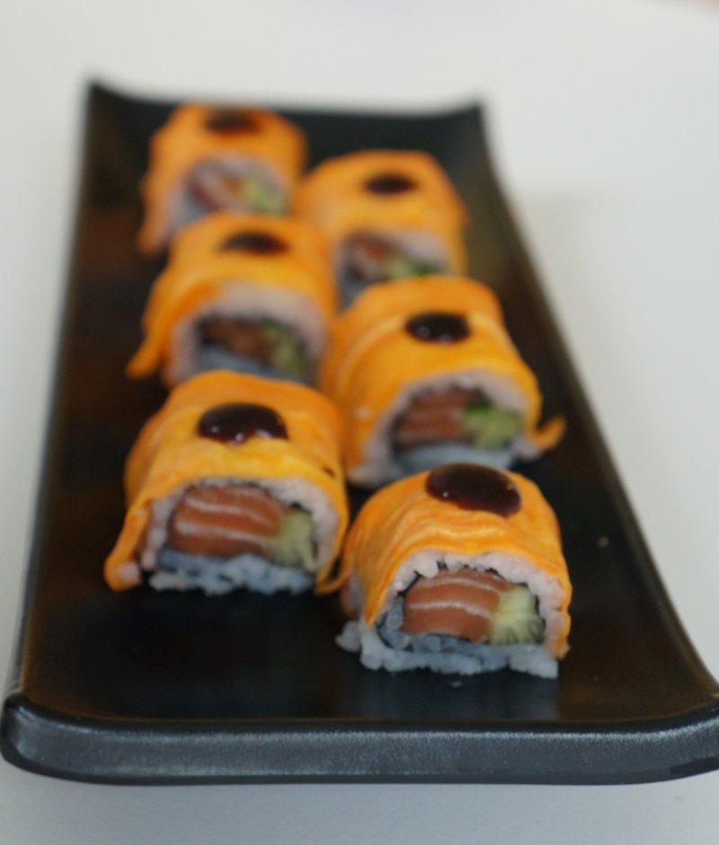 Sweet potato (batata) sushi roll