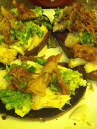 mackerel with jalapeno avocado pancetta