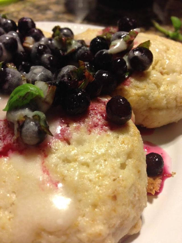 shortbread-with-basil-and-lemon