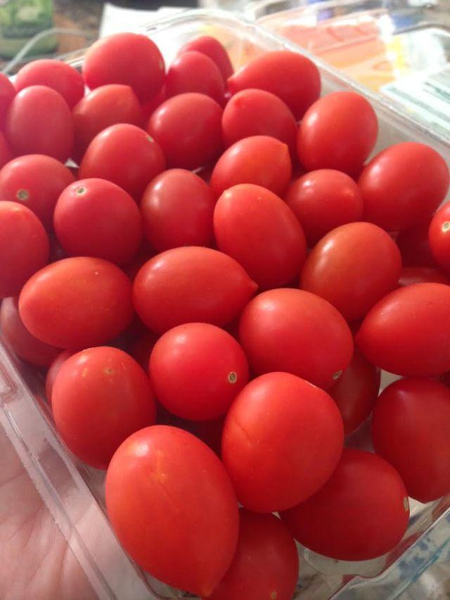 socca-tomatoes