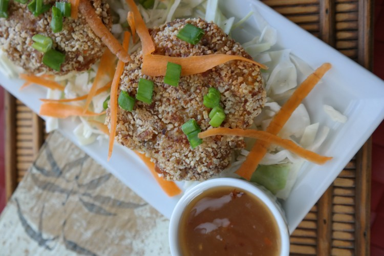 Almond Crusted Oriental Shrimp Cakes with Cajun Sweet-n-Sour Sauce