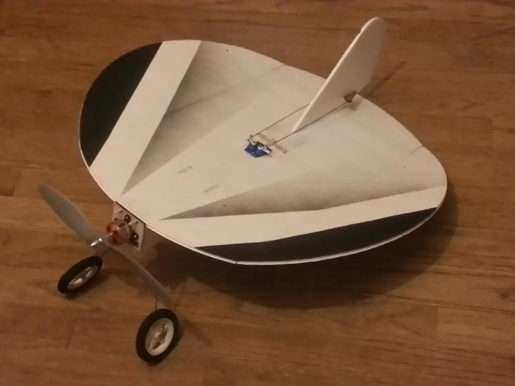 hight resolution of aeromodelling is the art of designing building and flying model airplanes helicopters and multicopters these models may be powered or unpowered