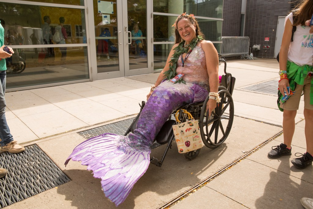 Mermaid cosplayer enjoying the day.