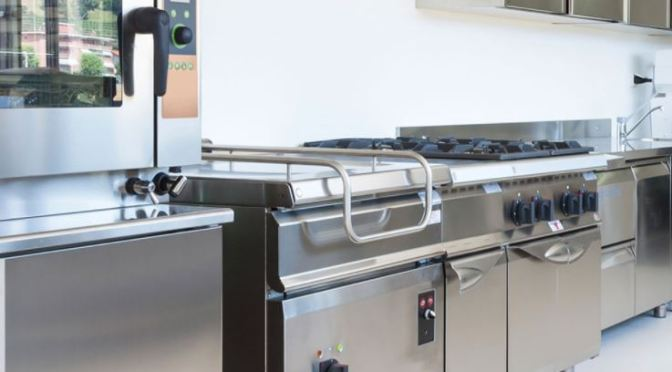 Industrial Food Production Equipment: What You Should Know Before Buying