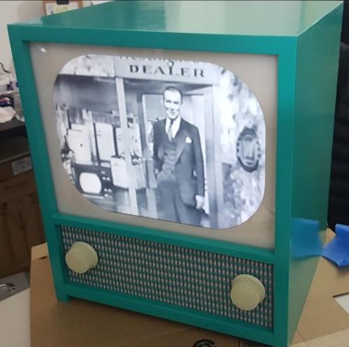 TV Time Machine by Wellington Duraes