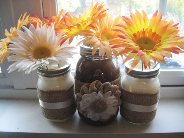 autumn-inspired mason jar vase