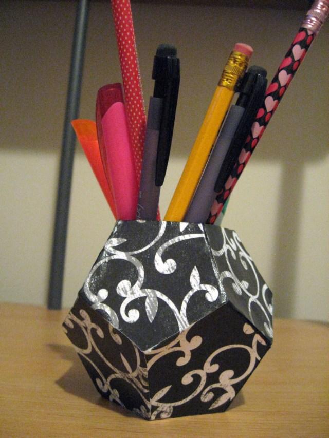 DIY geometric pen holder