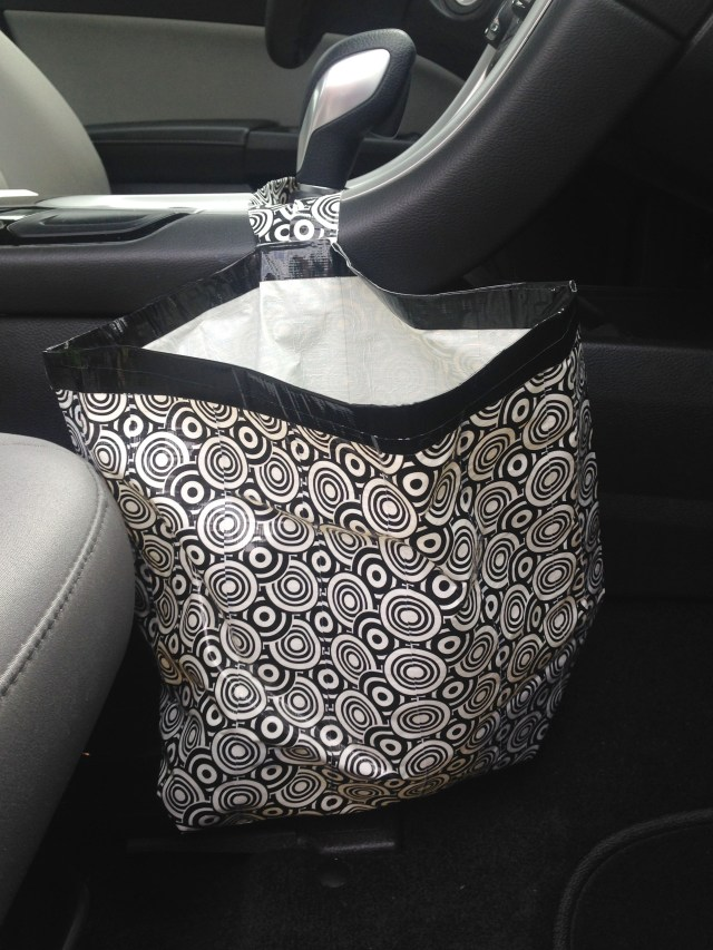DIY car garbage bag made of duct tape