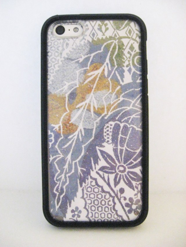DIY iPhone Case Design: leaves