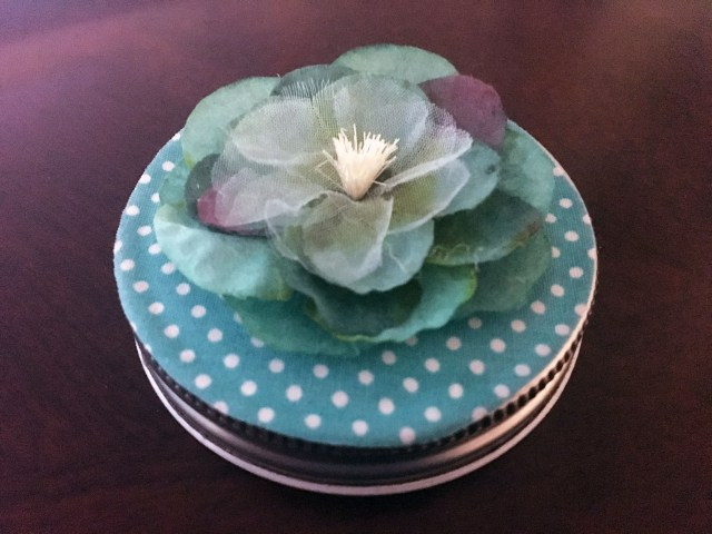 mason jar lid decor