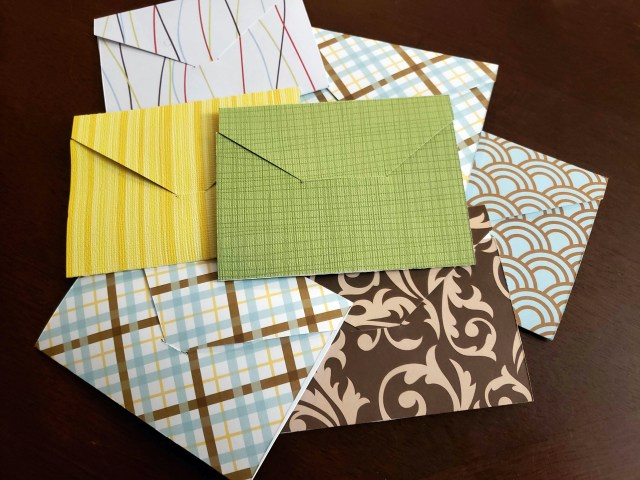 diy gift card holder scrapbook paper