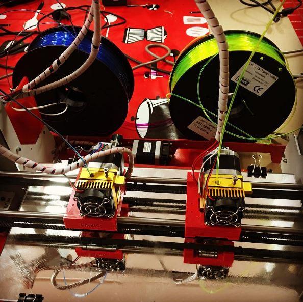 Primeras pruebas de impresión 3D con dos materiales
