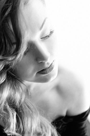Ivona Red Make-up Artist