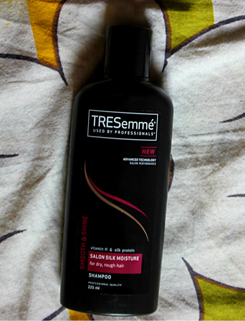 Tresemme Smooth and Shine moisture Shampoo Review