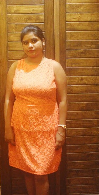 Birthday dress: Chic in Orange Lace Peplum