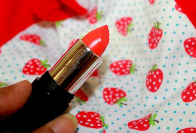 Nelf Usa Tangy Orange Trendy Diva Lipstick Review & LOTD