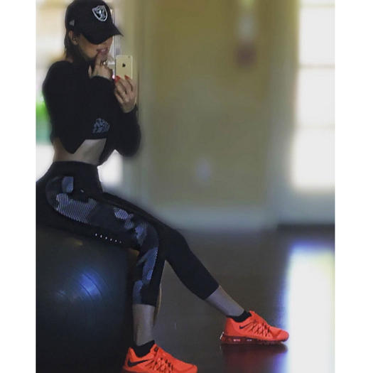 Celebrities Who Look Flawless In Gym wear