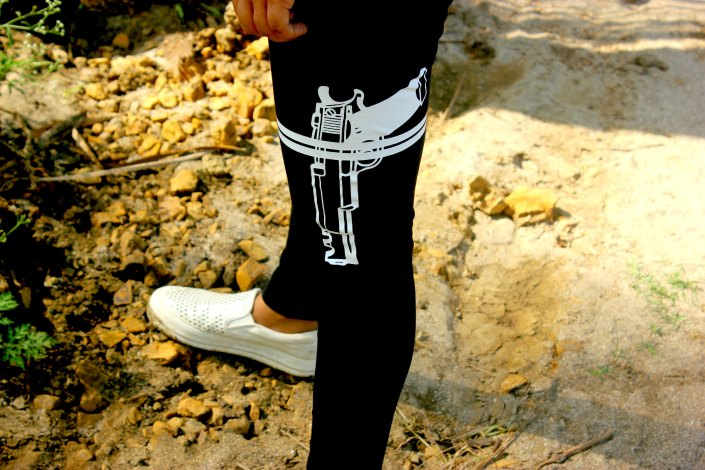 Quirky Leggings + Magenta Pop Ft. WSDear OOTD