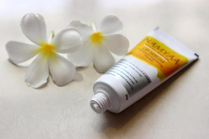 Namyaa Advanced Brightening Lip Serum Review