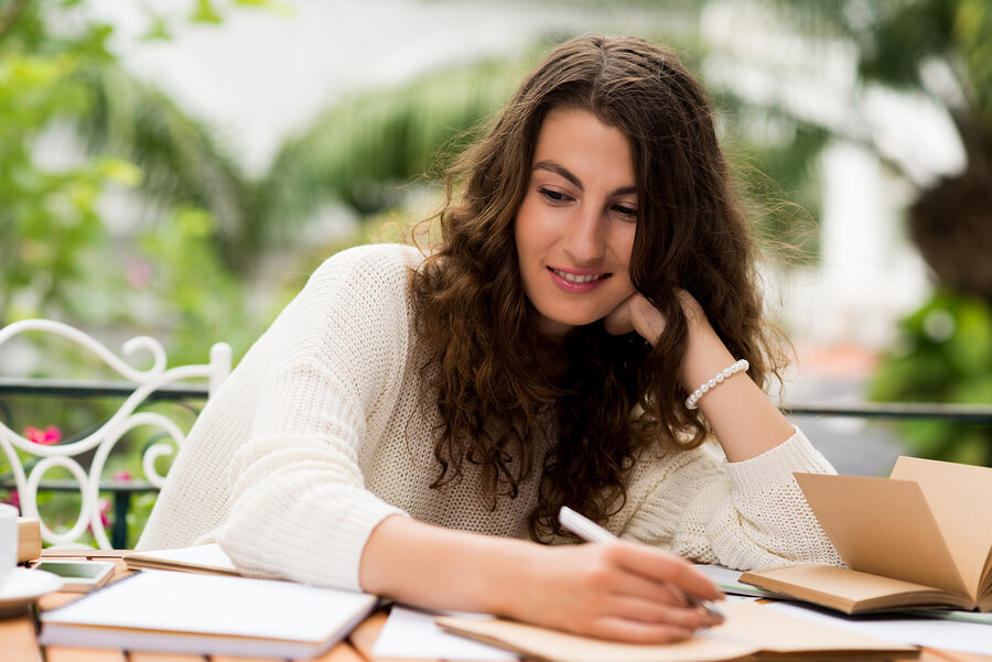 being creative essay Please note that some of these college essay examples may be responding to prompts that are no is a great illustration of being resourceful in an unexpected.