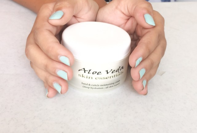 hand & cuticle moisturising cream
