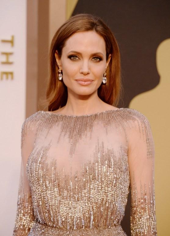 Angelina-Jolie-2014-Oscars