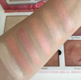 Violet Voss Rose Gold Highlighter Palette Swatches