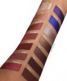Jaclyn Hill X Morphe Eyeshadow Palette Swatches 2