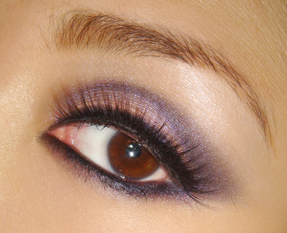 Purple and pink smoky eye makeup