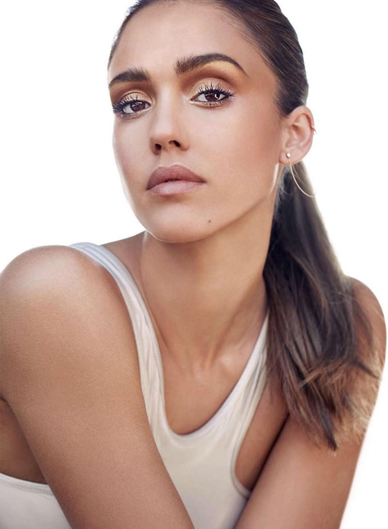 Maquiagem do dia simples faz você mesmo em Jessica Alba