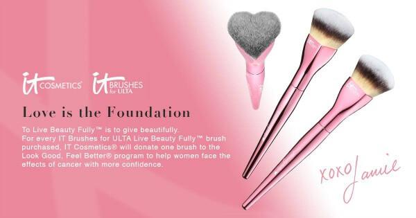 It Cosmetics Brush Giveaway