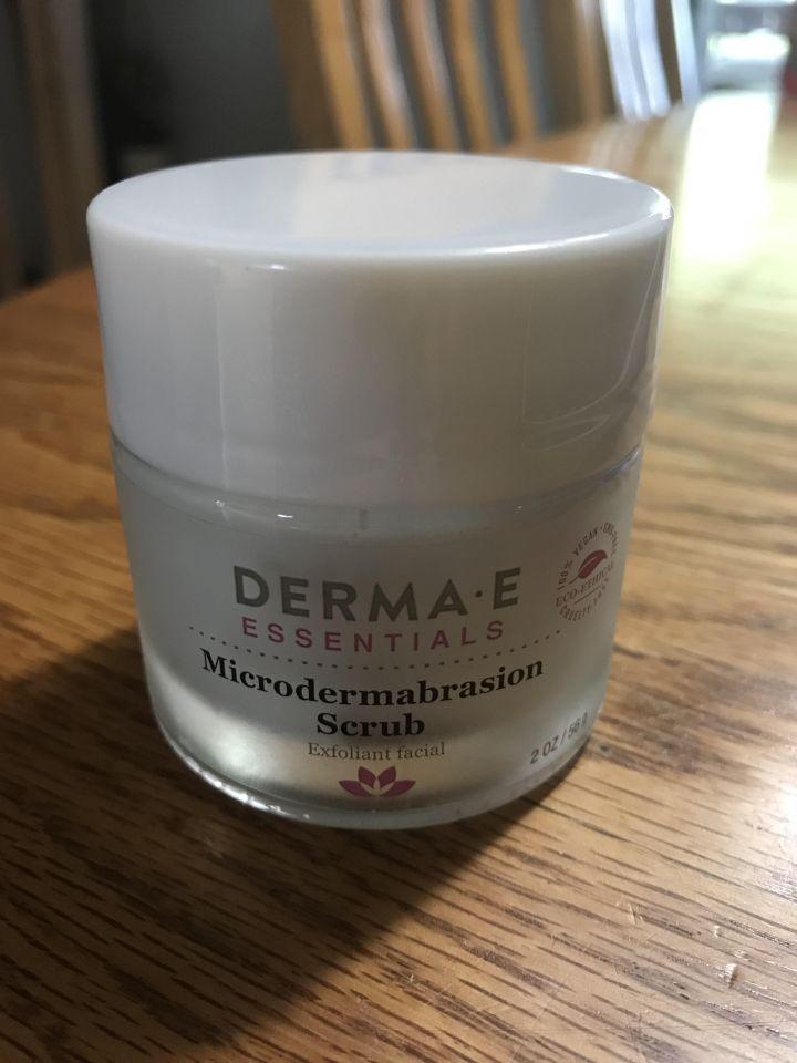 DermaE microdermabrasion scrub