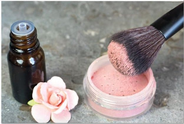 Shimmery Blush | Easy Homemade Blush For That Perfect Flush