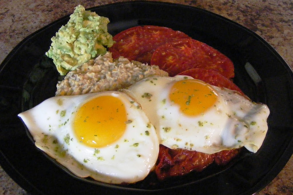 Grilled Tomatoes and Eggs
