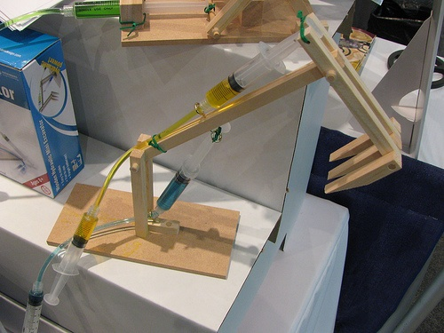 Wooden hydraulic power kits