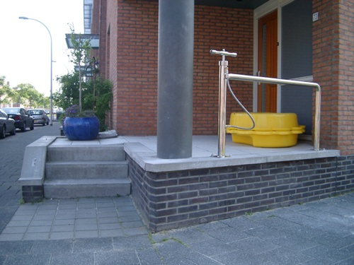 Bikestand with airpump