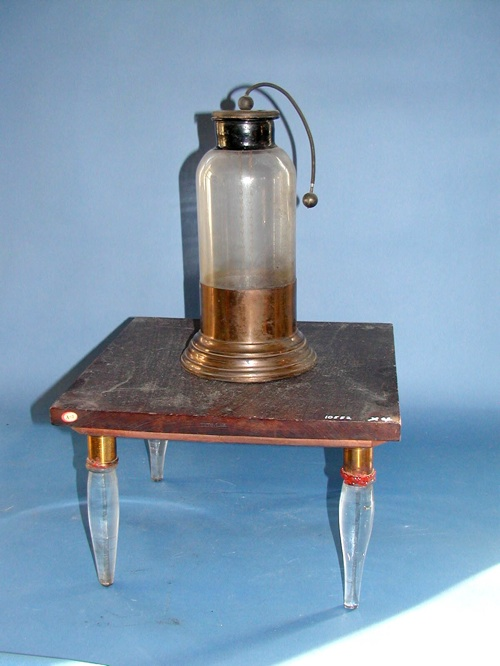 Homemade capacitor (Leyden jar)