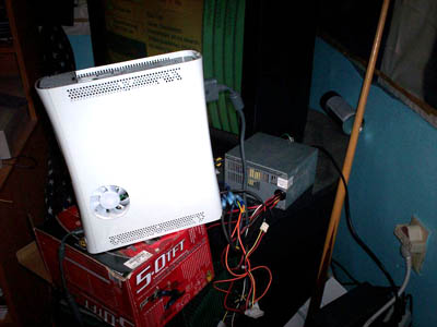Mod your Xbox 360 to run from PC power