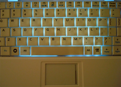 HOW TO – Add a keyboard backlight to an Eee PC for under