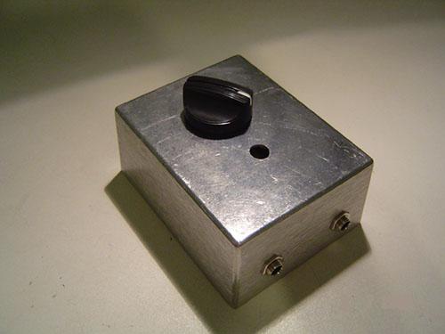 diy attenuator box for your amp make. Black Bedroom Furniture Sets. Home Design Ideas