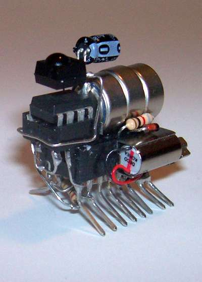 Remote-controlled vibrobot