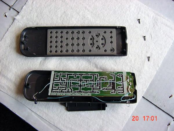 Wii sensor inside an old remote