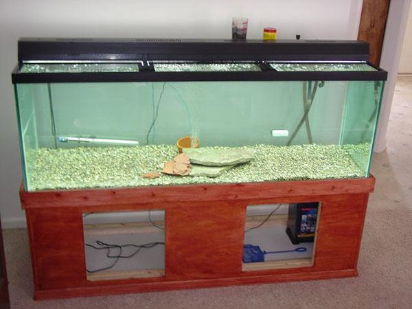 DIY: Fish tank stand