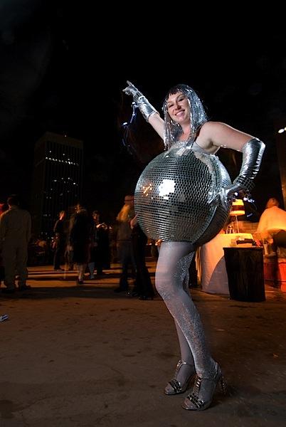HOW TO – Disco Ball Costume
